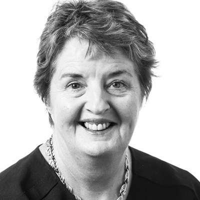 Robyn Crowe - Sullivan Braham Barristers & Solicitors - Sale, Gippsland Victoria